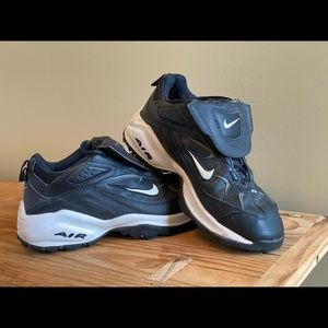 Nike Air Turf Black Athletic Sneakers Tongue Flap